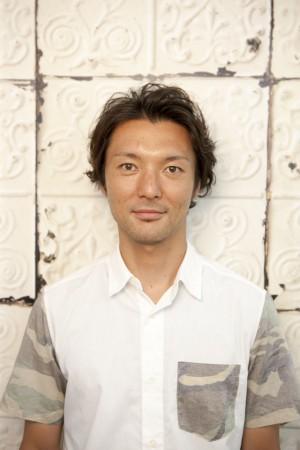 函南の美容院、美容室で働く美容師の「佐藤信一郎」は、牛若丸ロフト函南店に所属しています。