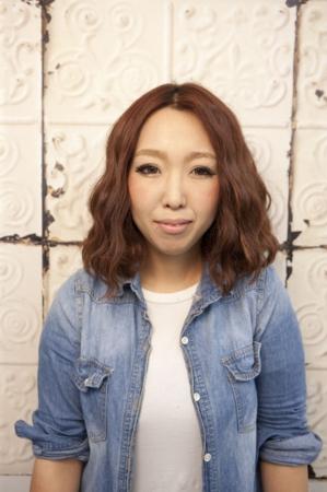 函南の美容院、美容室で働く美容師の「智恵美l」は、牛若丸ロフト函南店に所属しています。