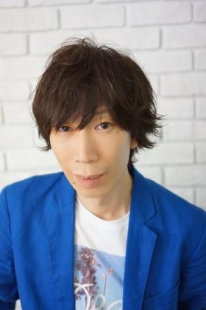 美容師、鈴木 芳博