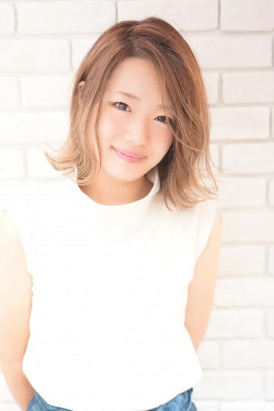 長泉の美容院、美容室で働く美容師の「原口綾乃」は、牛若丸カスタード長泉店に所属しています。