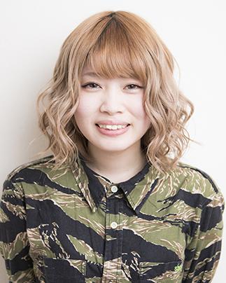 2017年入社美容師見習いの原舞穂