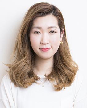 茅生早希2017年入社 美容師見習い