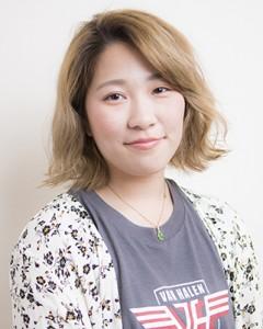 2017年入社美容師見習いの山口ひなこ